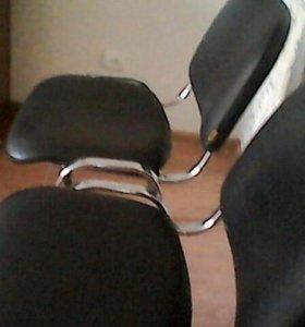 Геймерские стульях за оба