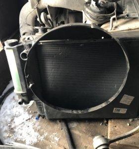 Радиатор охлаждения BMW e39 с кожухом