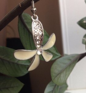 Серьги- цветочки