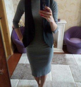 Платье трикотажное
