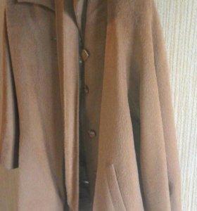 Пальто женское шерсть.
