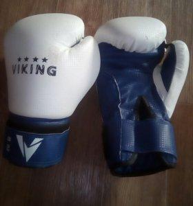 Перчатки боксерские  8 унций