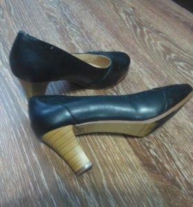 Женские туфли 40 разм(бесплатно)