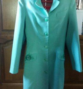 Платье-пальто р 42