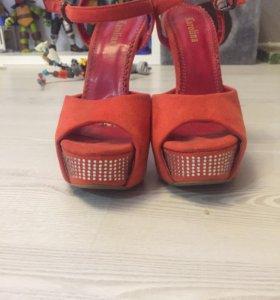 Продам туфли 36 р