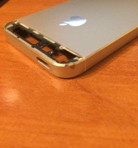 Крышка айфон 5, серебристая