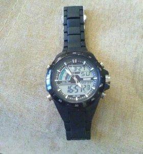 Продам часы мужских 4разных видов.