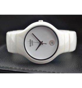 Керамические часы RADO