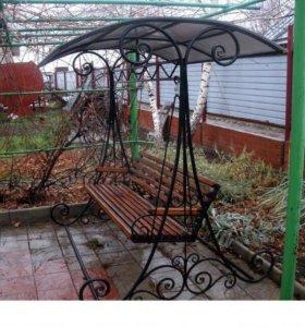 Кованая садовая качель