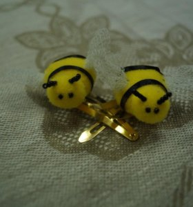Заколки с пчёлками