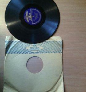 Пластинки виниловые и грамофонные.аудио касеты