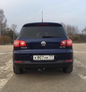 Продаётся Volkswagen Tiguan 2.0 , 2009г