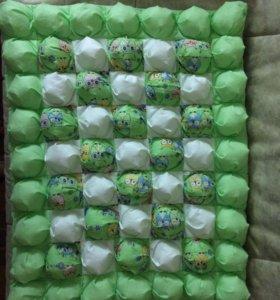 Детский коврик бомбон
