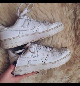 Оригинальные кроссовки Nike Air Force