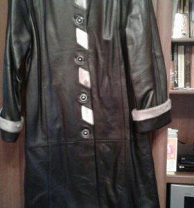 Новое кожаное пальто