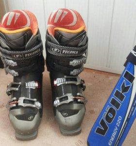Мужские горные лыжи-ботинки-палки