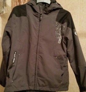 Куртка демисезон 146/152 Италия