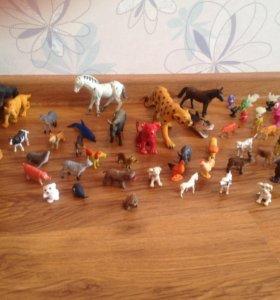 Пакет мелких игрушек-зверушек