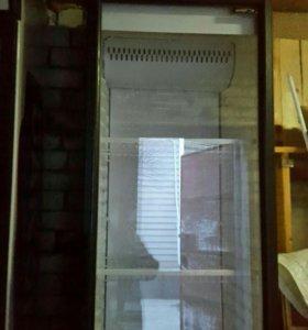 холодильник промышленный витринный