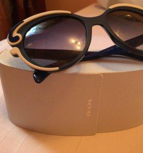 Солнцезащитные очки Prada. Оригинал