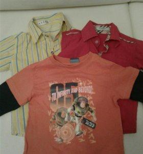 2 рубашки и одна футболка с длинным рукавом