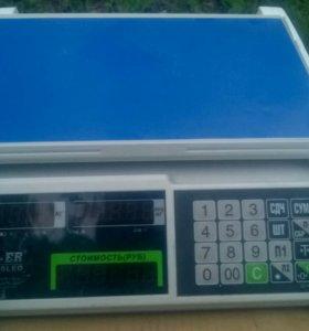 Весы M-ER 326
