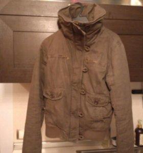 Куртка демисезонная ( подклад искусственный мех)