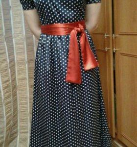 Платья атласные