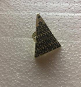 Кольцо Большой магический треугольник 175 проба