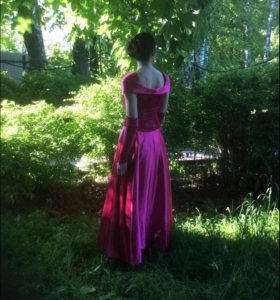 Бальное платье (торг уместен)