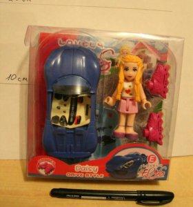 Кукла с машиной и на роликах