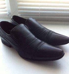 Мужские туфли классик.