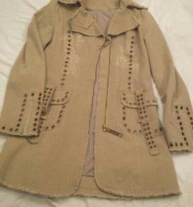 Джинсовое пальто куртка