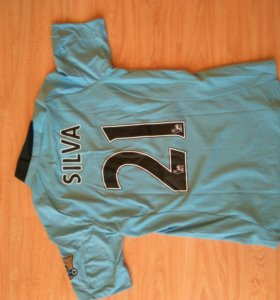 Чемпионские футбольные майки Manchester City