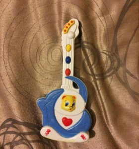 Гитара музыкальная малая