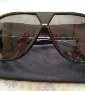 Очки солнцезащитные мужские Oriflame