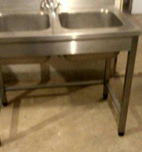 Мойка для посуды с двумя раковинами, нержавейка