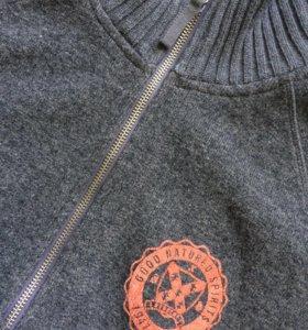 Шерстяной свитер HM