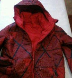 Новая куртка двустронняя на мальчика