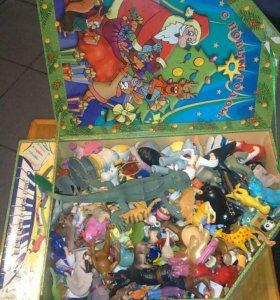 Большая коробка игрушки киндер сюрприз