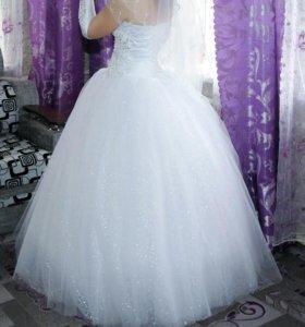 Свадебное платье, можно размер 42-44