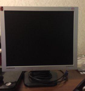 Монитор Samsung 913 V (19 дюймовый)