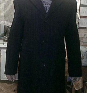 Мужское пальто демисезон 50-52 размер