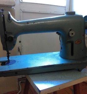 Машина швейная промышленная класса 97А
