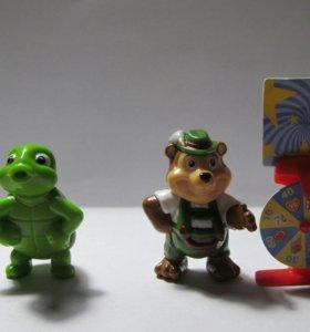 Игрушки из Киндер Сюрприза , серии Юбилей+подарок.