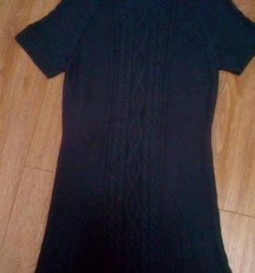 Платье теплое новое.
