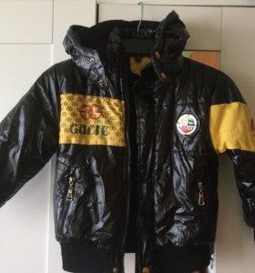 Куртка на мальчика 4-6л