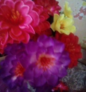 Продаются букеты из искусственных цветов