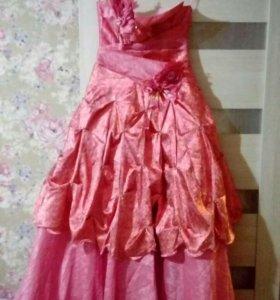 Платье на выпускной или на вечер