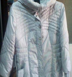 Зимнее пальто- пуховик.